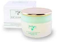 Отбеливающий крем / Fleck Removing & Skin-firming Cream